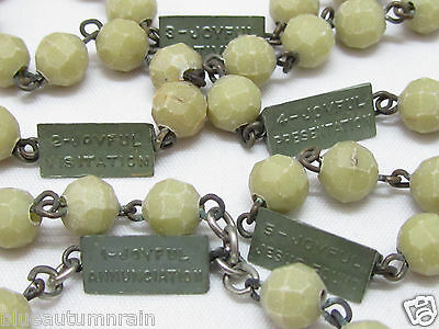 "† UNIQUE VINTAGE /""MYSTERIES/"" CREAM SILVER MEDAL GUIDING TEACHING LUCITE ROSARY †"