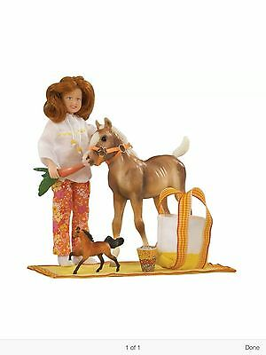 2010 Breyer PONY PICNIC PLAY Toy Horse Equestrian Pretend Cowgirl #1387 NIP