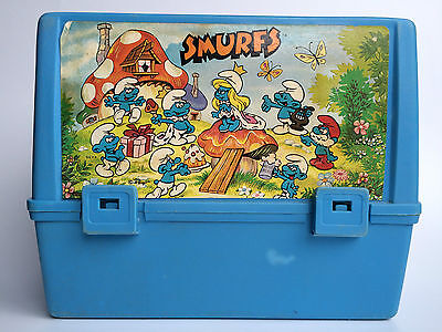 Vintage 1982 Peyo Thermos Queen Smurfette & The Smurfs Blue Plastic Lunch Box