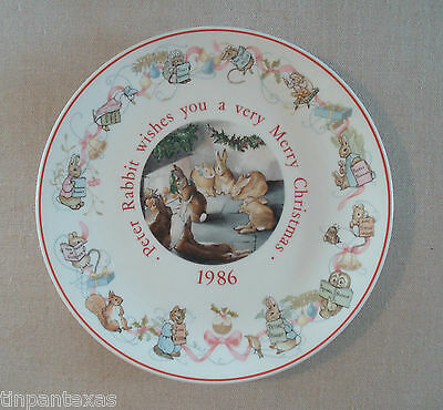 Peter Rabbit Christmas Plate 1986 Wedgwood Made in England EUC