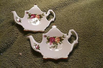 ROYAL ALBERT OLD COUNTRY ROSES SET OF 2 TEABAG HOLDERS