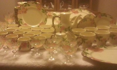 138 Piece Set Franciscan Desert Rose Dinnerware and Serving Pieces tea/dessert