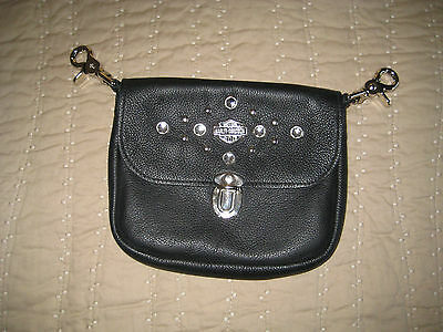 (21a)    HARLEY-DAVIDSON Black Clip-On Leather Purse *NICE*