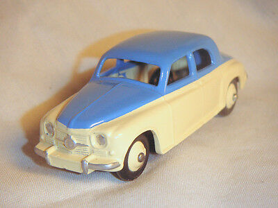 Vintage Dinky Toy Rover 75 Two-Tone, Professionally Restored
