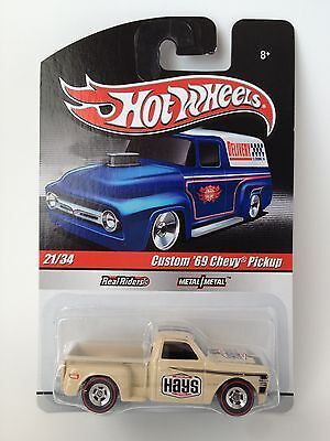 Hot Wheels * Slick Rides * Custom '69 Chevy Pickup * C/10 Stepside * Real Riders