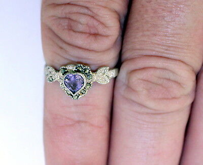 Vintage 1975 Amethyst and Sterling Silver Ring .925 Silver 1.8 grams Size 8