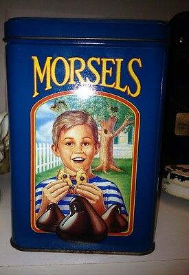 Vintage Ltd Ed Nestle Toll House Chocolate Chip Cookie Morsels Advertising Tin