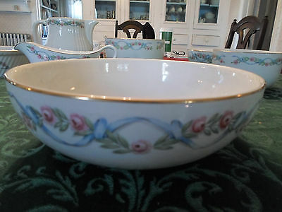 """Hall's Superior Quality Kitchenware Pottery 9"""" Deep Bowl Floral Pattern"""