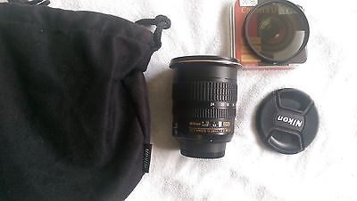 Nikon Zoom-Nikkor 12-24 mm F/4 AS DX G SWM AF-S IF ED M/A Lens lots of extras
