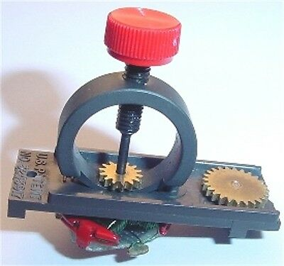 AURORA T-JET & AFX  HO SLOT CAR PINION GEAR PULLER TOOL
