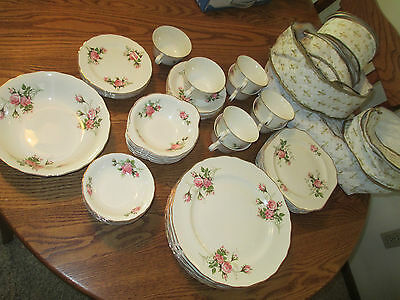 Hallmark Canonsburg Dinnerware Warranted 22 KT Gold  44 Pieces