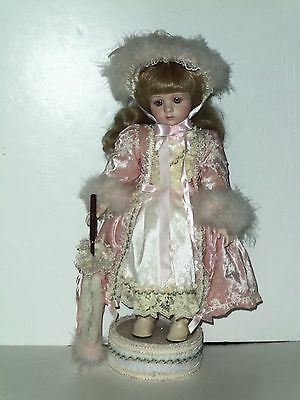 Patricia Loveless Doll Isabella Reproduction Signed Ltd W/ LACE PARASOL