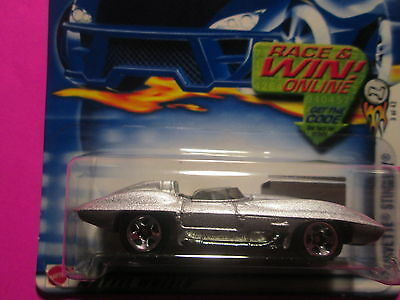 HOT WHEELS 2003 FIRST EDITIONS #3 OF 42-CORVETTE STINGRAY-MINT ON CARD