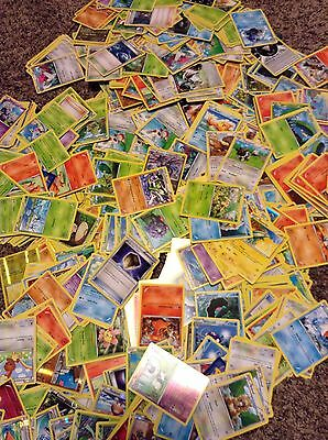 Mixed Lot of 100 Pokemon Cards