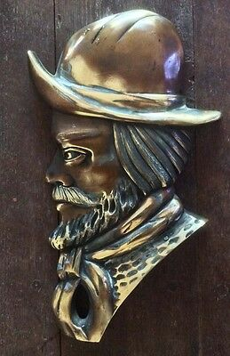 Interesting old gaucho Argentino bronze plaque figure