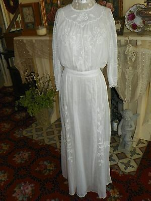 Antique Vintage Edwardian Lawn Dress Lingerie Dress Day Dress White Embroidered