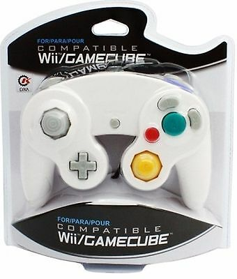 BRAND NEW CONTROLLER FOR THE NINTENDO GAMECUBE OR Wii (WHITE) IN BOX