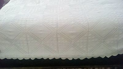 VINTAGE French Crochet Bed Coverlet