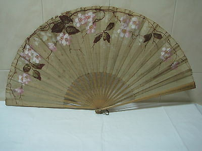 Antique big Fan in wood and tissue hand painted with flowers