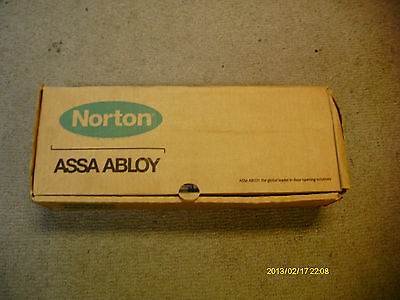 Norton Closer with parallel rigid arm CPS7500 M572793-7 689 Aluminum