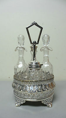 ELEGANT ORNATE 19th C. VICTORIAN ENGLISH SILVER PLATE 4-BOTTLE CASTER SET