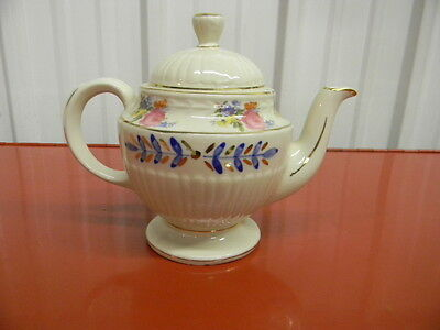 Shawnee Pink Flowers with Blue Leaves & Gold Trim Teapot
