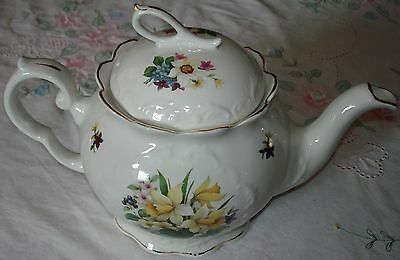 Vintage Crown Dorset Staffordshire Teapo  Daffodils Pansies Made In England