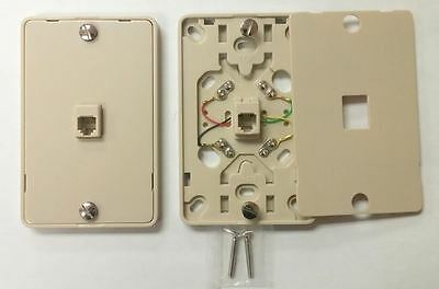 50/PK NC-630A 4C IV Wall Phone Jack 4C Mounting Plate w/Screw Terminals < NEW