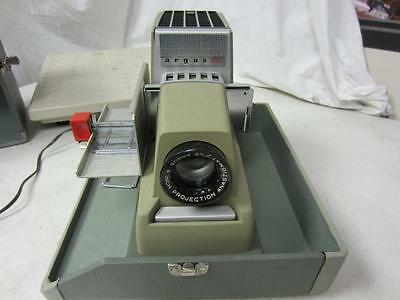 Vintage Argus 500 Automatic 35mm Slide Projector by Sylvania F3.3 Lens