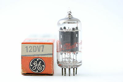 12Dv7 Tube. General Electric Brand Tube.1950´s. Square Getter. Nos/nib. Rc19.
