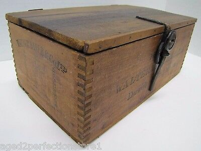 Antique Walter Baker Premium No1 Chocolate Wooden Box early 1900s 24 qtr lb pckg