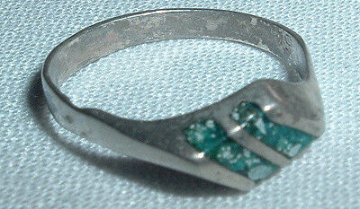 Vintage Mexico Nickel Silver Turquoise Inlay Ring Size 5 In Gift Box