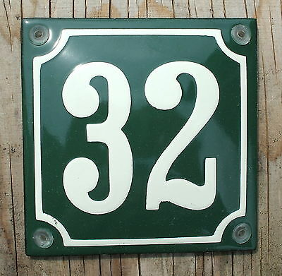FRENCH  ENAMEL HOUSE NUMBER SIGN. CREAM No.32 ON A GREEN BACKGROUND 10x10cm.