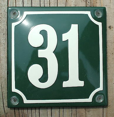 FRENCH  ENAMEL HOUSE NUMBER SIGN. CREAM No.31 ON A GREEN BACKGROUND 10x10cm.