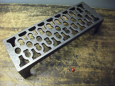 Cast Iron air Brick Vent Air brick Cast NEW Victorian Pattern quality