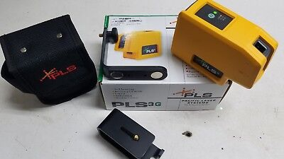 PLS 3 GREEN BEAM LASER LEVEL WITH MOUNT AND BELT POUCH Pls-60595N