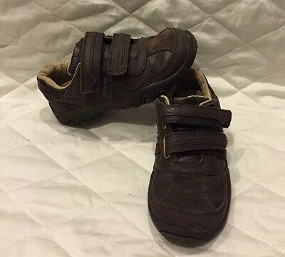 Stride Rite boys brown leather sneakers shoes Size 11M