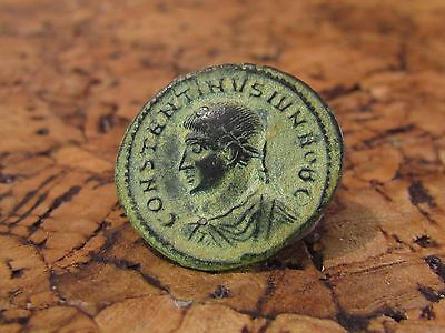 A ROMAN BRONZE FOLLIS OF CONSTANTINE II 324 A.D. Very Fine