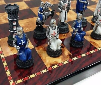 NO BOARD MEDIEVAL TIMES CRUSADES WARRIOR WHITE /& BLUE CHESS MEN SET THE CRUSADE