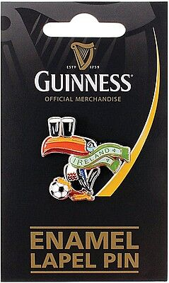 Guinness Toucan with scarf & football metal / enamel lapel pin badge  (sg)
