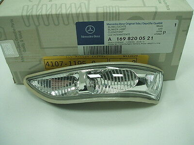 Genuine Mercedes-Benz W169 A-Class LH Mirror Repeater Indicator Lamp A1698200521