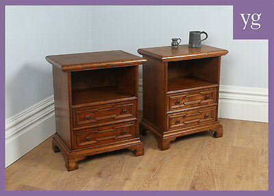 Antique Style Pair Two 2 Italian Walnut Bedside Cabinets Nightstands Cupboards