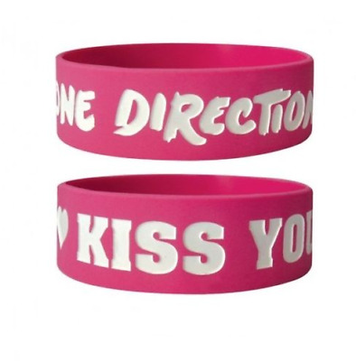 *NEW* One Direction (Kiss You) Silicon / Rubber Wristband BY PYRAMID