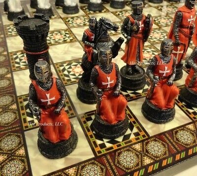 MEDIEVAL TIMES CRUSADES WARRIOR red & white CHESS SET w/ MOSAIC DESIGN BOARD 14""