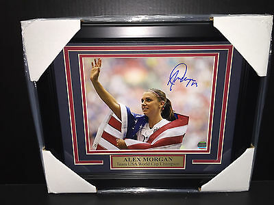 Alex Morgan Flag Autographed 2015 Team Usa World Cup Champion 8X10 Photo Framed