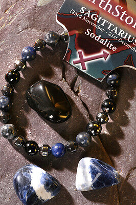 'SAGITTARIUS' Gemstone 'Power Bracelet' plus a free guide book & bookmark.