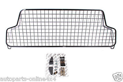 Land Rover Discovery 2 1998-2004 -  Half Height Mesh Dog Guard - Stc50323