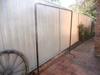 Iron Clothing Rack Coat Rail Free Standing Home Fashion Shop Display DRS017-CPR