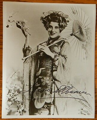 LICIA ALBANESE-OPERA SINGER ORIGINAL HAND SIGNED/AUTOGRAPHED 8X10 PHOTO