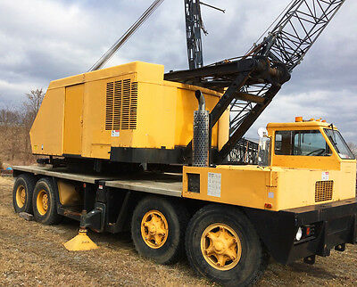 1972 P&h 9125 140 Ton Conventional Lattice Boom Truck Crane 250Ft Boom, 50Ft Jib